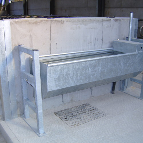 bateman Tipping Water Trough (Floor mounted with end frames)