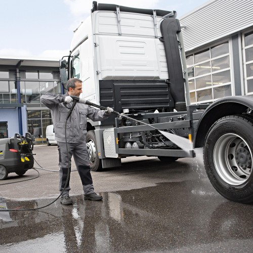 karcher pressure washers steam cleaner patio cleaner attachment cherrys country hardware ltd cherryhire cherry hire trailers east Yorkshire equipment driffield north frodingham
